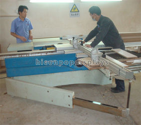 wood material sawing